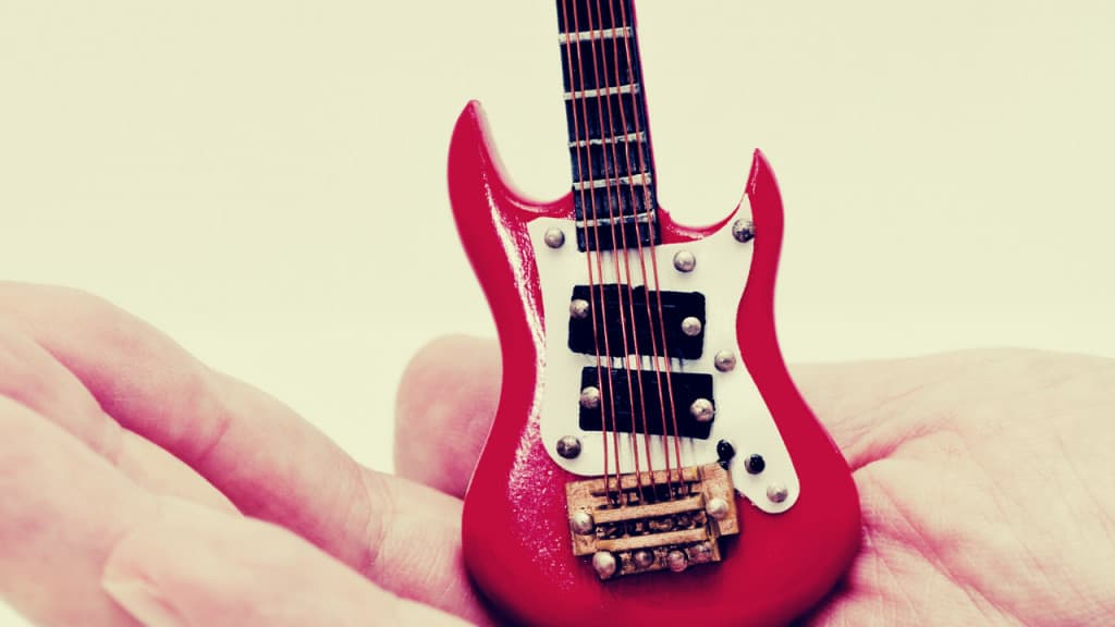 Best Electric Guitar For Small Hands